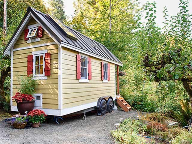 54eb9283651a3_-_01-fencl-tiny-house-lgn-xzkutw-99505945