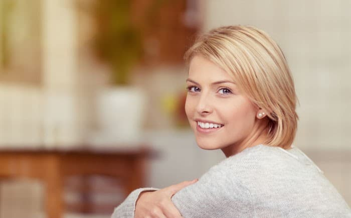 laugmentation-mammaire-il-faut-peser-le-pour-et-le-contre-700x434